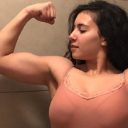 Teen muscle girl Fitness girl Intissar