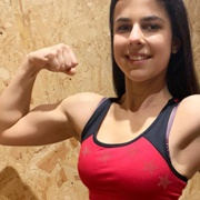 Teen muscle girl Fitness girl Natalie