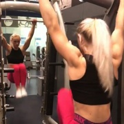 18 years old Fitness girl Guusje Workout muscles